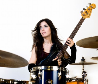 Sara Farina - Fender, Vintage, Bass, Musician, bassist, backing vocals