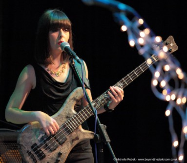 Sara Farina - Bass, backing vocals, Warwick Streamer $$