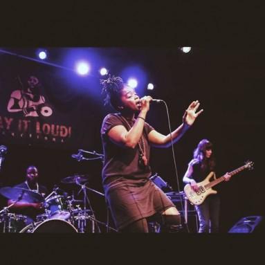 Sara Farina - Speech Debelle Live